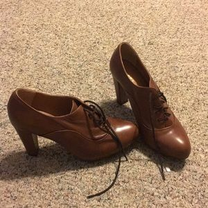 Shoes - LEATHER LACE UP HEELS